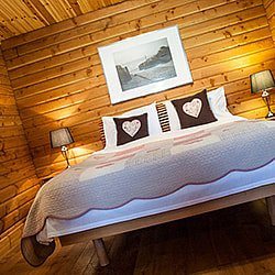 YRSCommercial, Interiors Photography Log Cabin Example 14